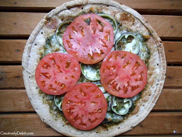 pesto pizza 024